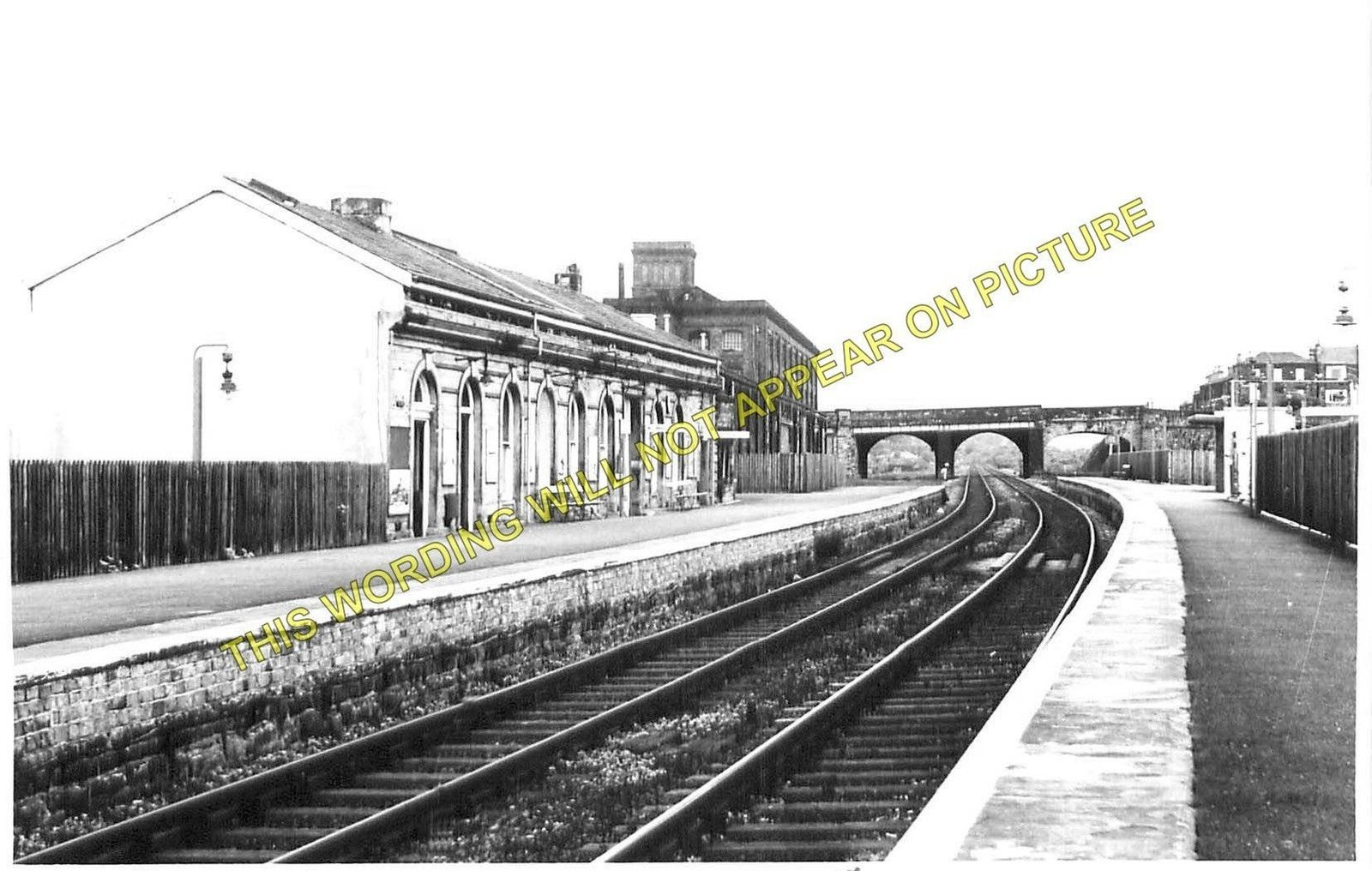 batley railway station photo staincliffe to birstal and. Black Bedroom Furniture Sets. Home Design Ideas